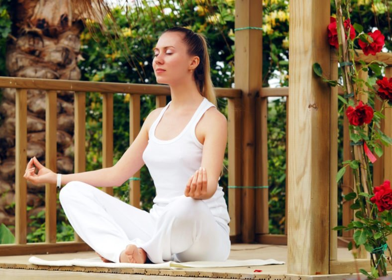 How Meditation Can Help You Resolve Conflicts Between Your Head And Your Heart